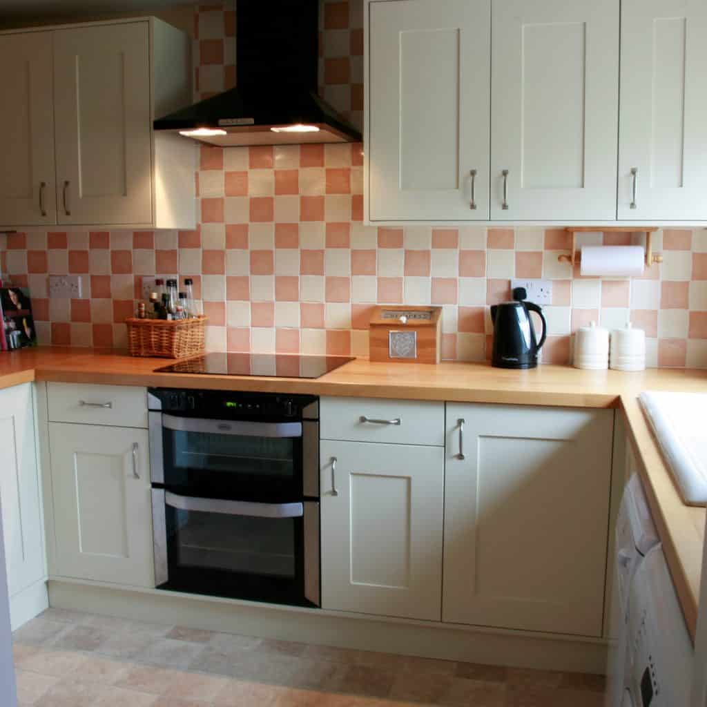 Small Kitchen Shaker Style Haydown Kitchens
